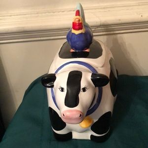 Cow Cookie Jar chicken on Top